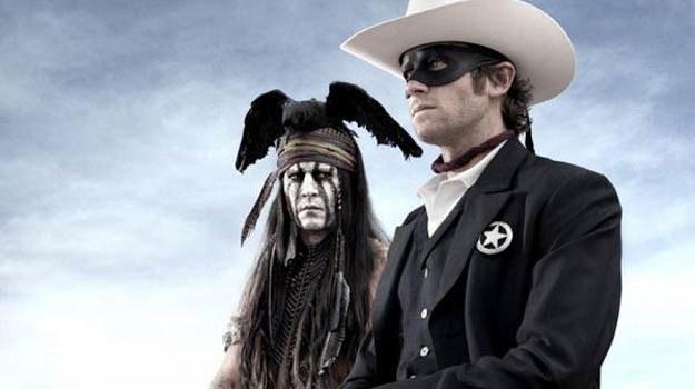 """Johnny Depp w """"Jeźdźcu znikąd"""" usunął się na drugi plan /materiały dystrybutora"""