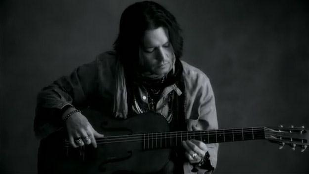 """Johnny Depp w teledysku """"My Valentine"""" /"""