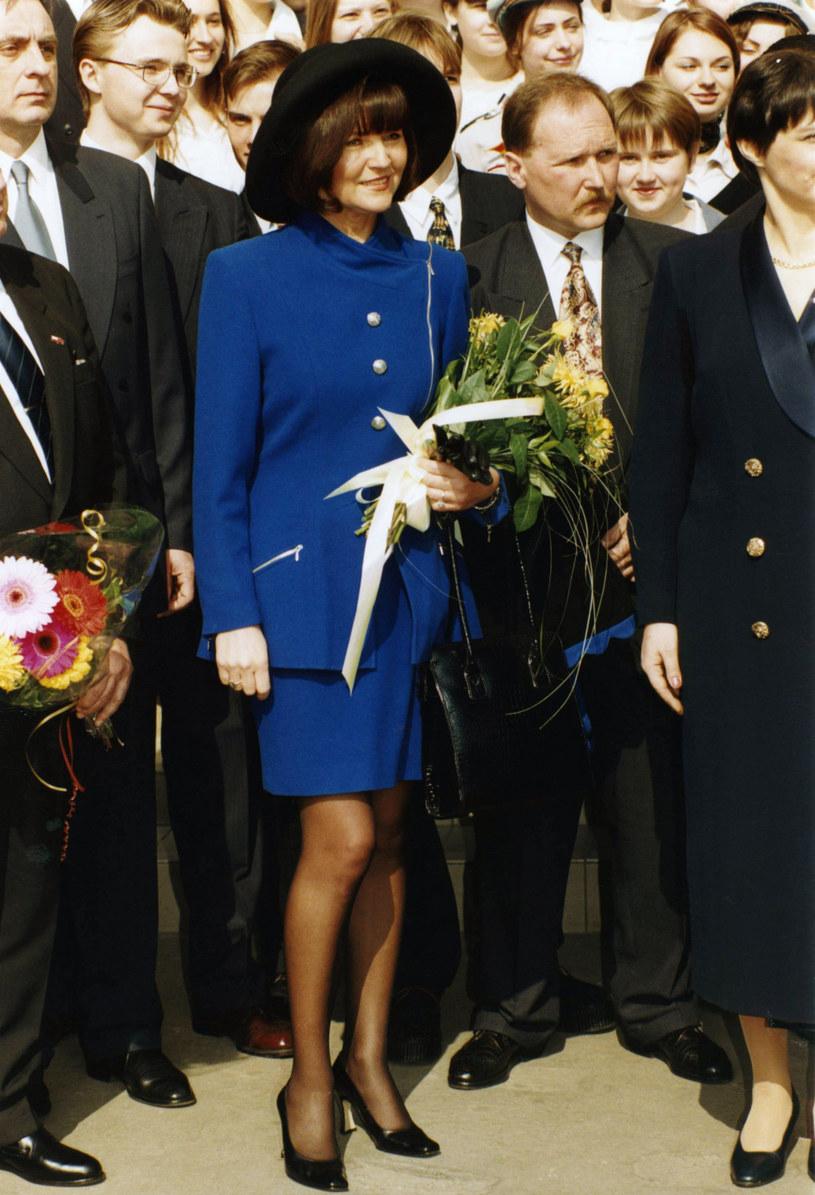 Jolanta Kwaśniewska podczas wizyty Królowej Elżbiety II w 1996 roku /Zenon Zyburtowicz /East News