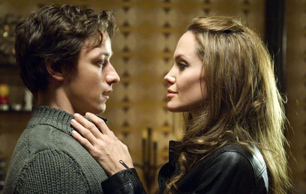 """Jolie i McAvoy na planie """"Wanted""""  /Splashnews"""