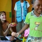 Jolie odwiedziła haitańskie sieroty