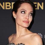 """Jolie usunęła jajniki. """"Jej decyzję mogą krytykować tylko pozbawieni wiedzy"""""""