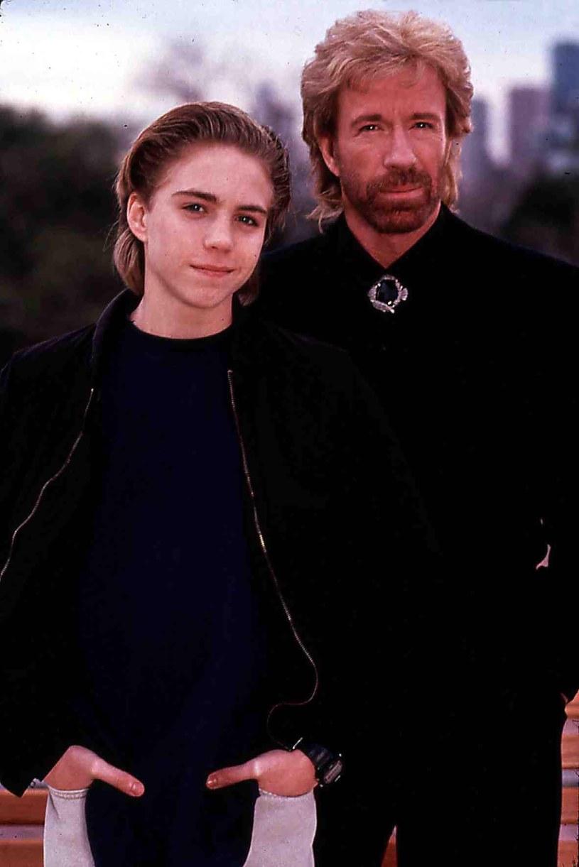 "Jonathan Brandis i Chuck Norris w filmie ""Sidekicks"" /East News"