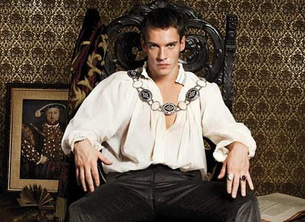"""Jonathan Rhys-Meyers jako Henryk VIII w """"Dynastii Tudorów"""" /materiały prasowe"""