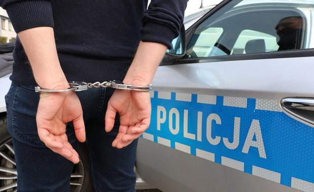 Jordanów: 49-latek zaatakował nożem trzy osoby