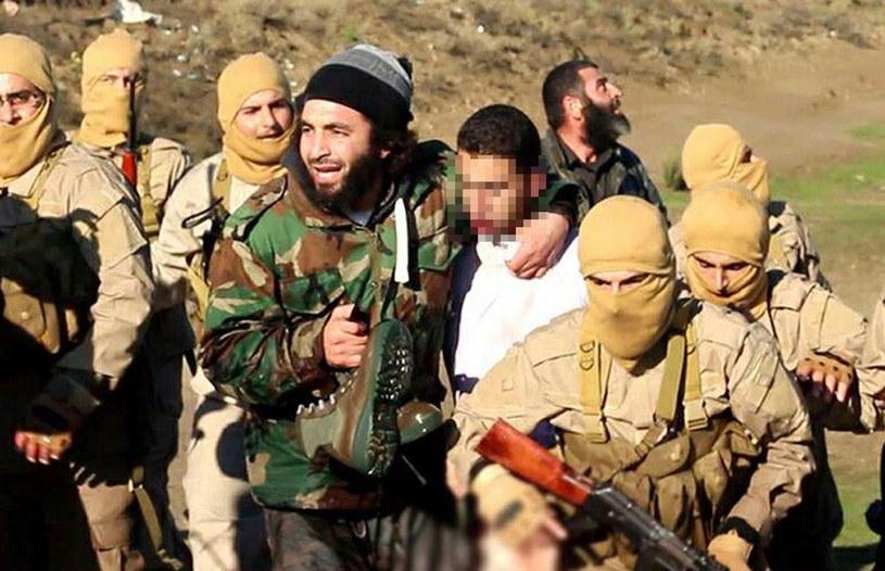 Jordański pilot (C) wzięty do niewoli przez Państwo Islamskie /AFP