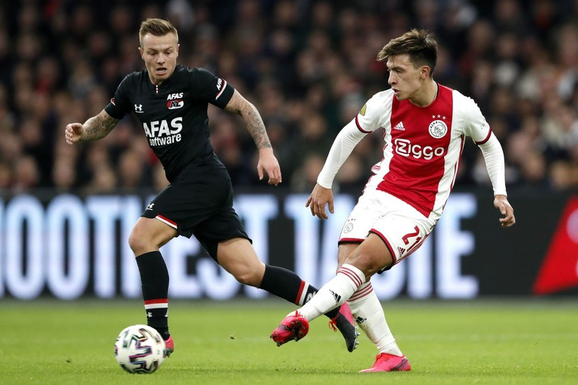 Jordy Clasie (AZ Alkmaar) i Lisandro Martinez (Ajax) /AFP
