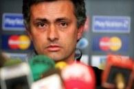 Jose Mourinho chce zatrzymać na Stamford Bridge Carlo Cudiciniego /AFP