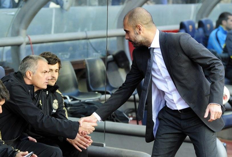 Jose Mourinho i Pep Guardiola nie przepadają za sobą. /AFP