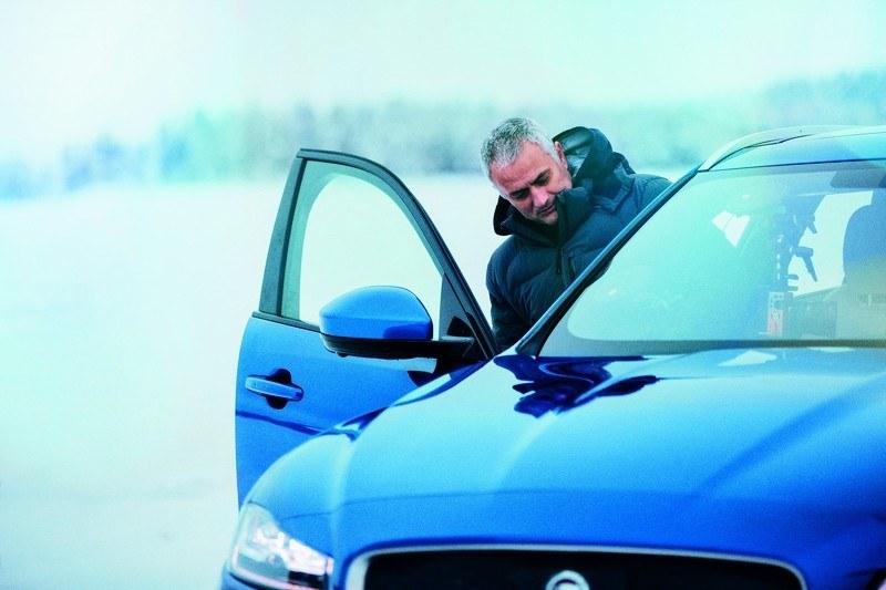 Jose Mourinho wsiada do Jaguara F-Pace /