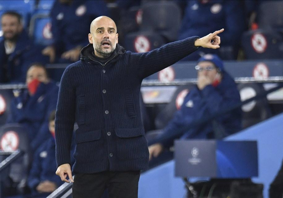 Josep Guardiola przedłużył kontrakt /PETER POWELL   /PAP/EPA