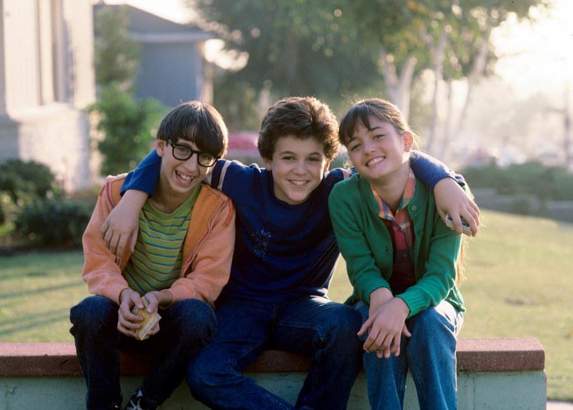 "Josh Saviano, Fred Savage i Danica McKellar w serialu ""Cudowne lata"" /Walt Disney Television via Getty Images /Getty Images"