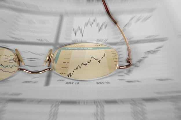 JP Morgan obniżył prognozę salda obrotów bieżących /©123RF/PICSEL