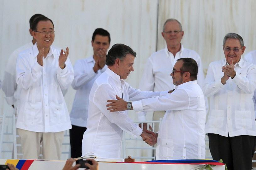 Juan Manuel Santos i Rodrigo Londono Echeverri /PAP/EPA