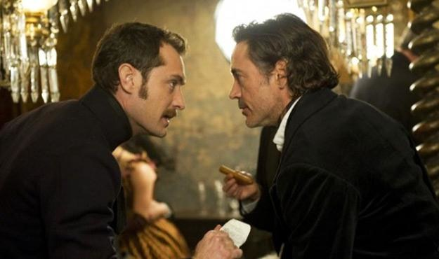 Jude Law jako John Watson i Robert Downey Jr. jako Sherlock Holmes /materiały dystrybutora