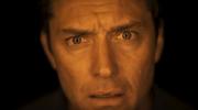 """Jude Law w zwiastunie nowego serialu HBO """"Dzień trzeci"""""""