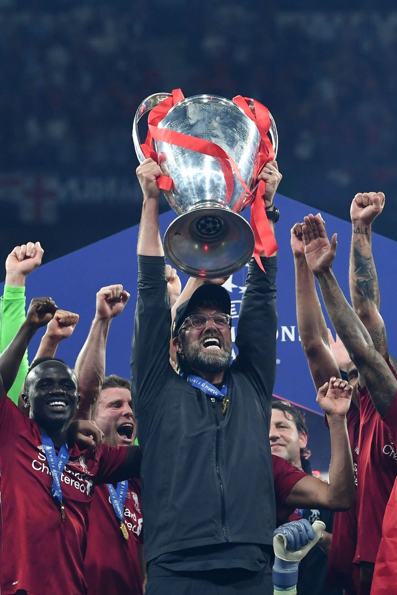 Juergen Klopp z Pucharem Europy /AFP