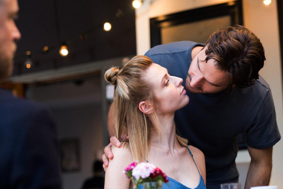 Julia Kamińska i Piotr Stramowski na planie filmu /Fot. Ola Grochowska /Materiały prasowe