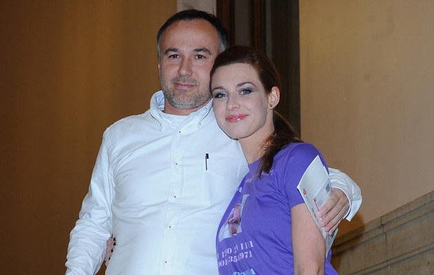 Julia Kamińska z partnerem Piotrem, także scenarzystą /Andras Szilagyi /MWMedia
