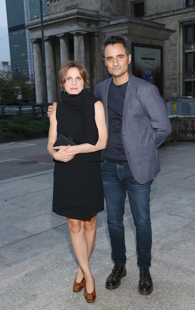 Julia Kijowska i Piotr Borowski są parą również w życiu prywatnym /Mariusz Grzelak /Reporter