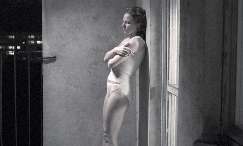 """Julia Kijowska w filmie """"Zjednoczone Stany Miłości"""" /Oleg Mutu, © Mañana /materiały dystrybutora"""