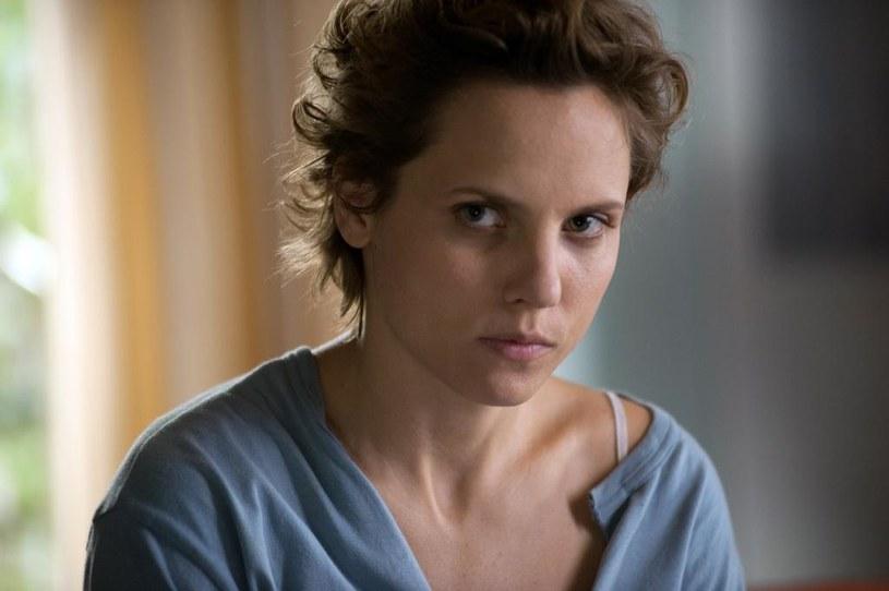"Julia Kijowska w serialu ""Bez tajemnic"" /HBO"