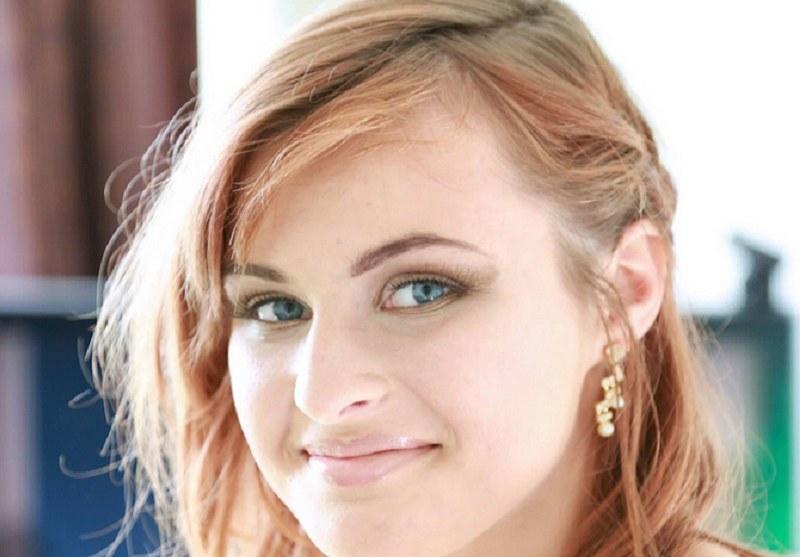 Julia miała zaledwie 16 lat /Adrian Derbyshire /Twitter