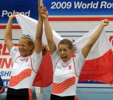 Julia Michalska (z lewej) i Magdalena Fularczyk /AFP