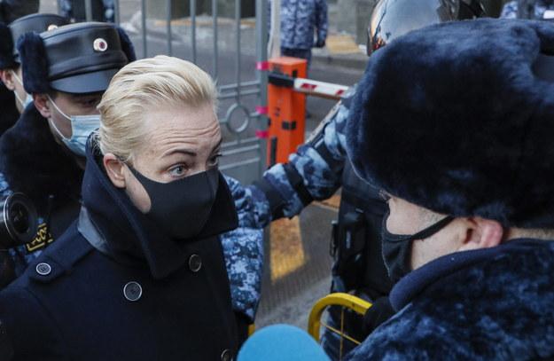 Julia Nawalna prze sądem /MAXIM SHIPENKOV    /PAP/EPA