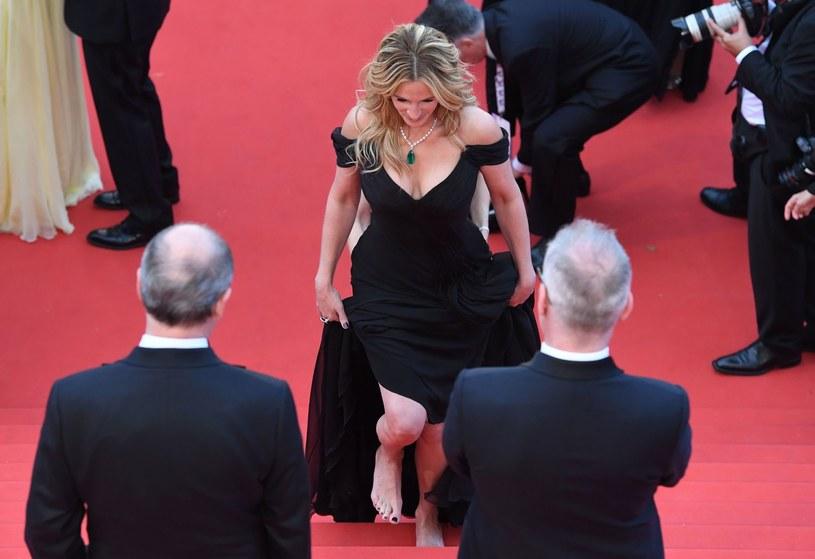Julia Roberts boso na festiwalu filmowym w Cannes (2016) /AFP