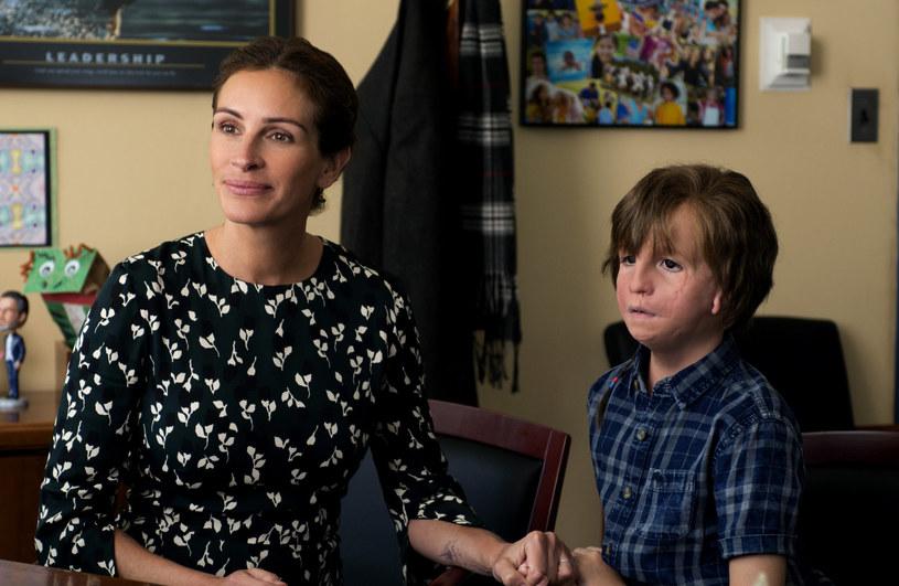 """Julia Roberts i Jacob Tremblay w filmie """"Cudowny chłopak"""" /materiały dystrybutora"""