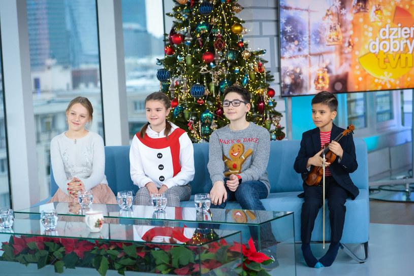 """Julia Totoszko (pierwsza od lewej) w programie """"Dzień Dobry TVN"""" /Wojciech Olszanka/Dzien Dobry TVN/East News /East News"""