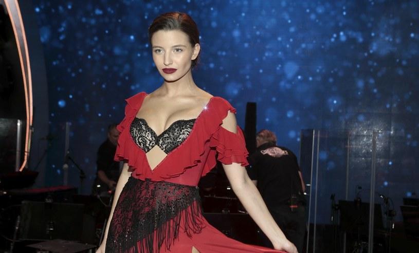 """Julia Wieniawa w październiku 2020 roku na planie """"Dancing with the Stars"""" /Adam Jankowski /Reporter"""