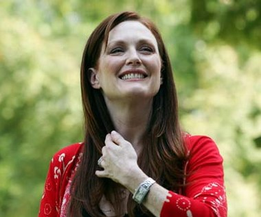 Julianne Moore agentką Scully?