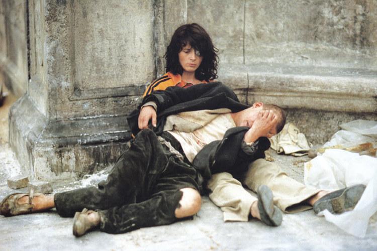 """Juliette Binoche w """"Kochankach na moście"""" /materiały prasowe"""