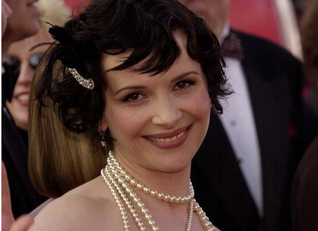 Juliette Binoche w stylu Chanel   /Getty Images
