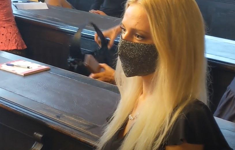 Julija Adlesić odcięła sobie rękę piłą tarczową /YouTube