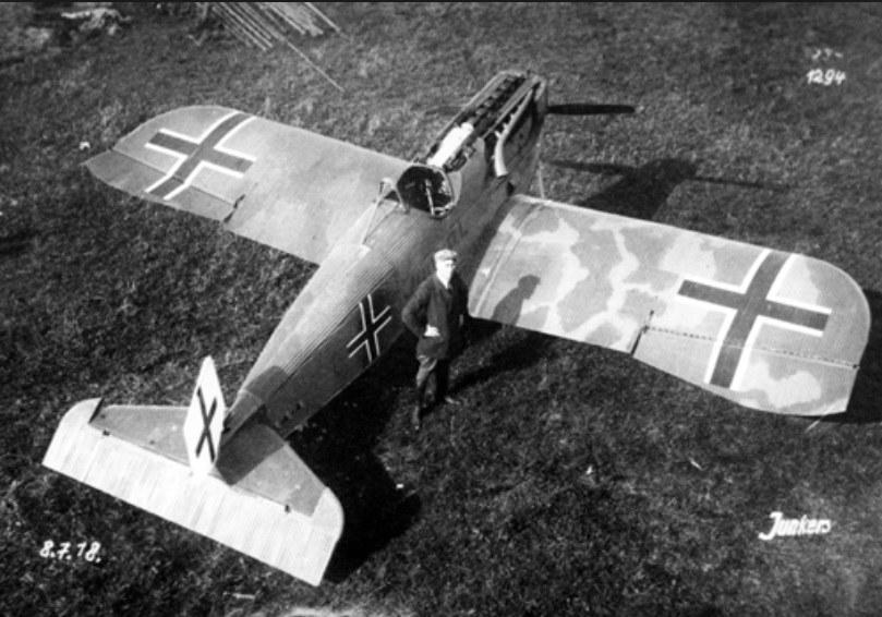 Junkers D.I (J.9) pierwszy całkowicie metalowy myśliwiec jednopłatowy produkowany seryjnie /Archiwum autora /INTERIA.PL