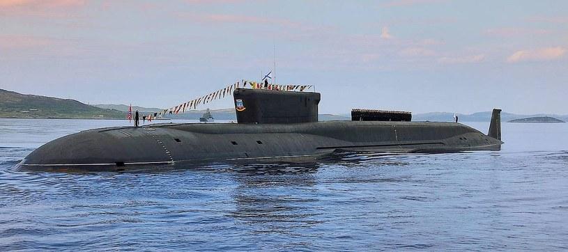 """""""Jurij Dołgorukij"""" pierwszy okręt typu Boriej. Mają służyć równolegle z Łajką i wzajemnie uzupełniać się podczas prowadzenia operacji morskich /Marynarka Wojenna Federacji Rosyjskiej /domena publiczna"""
