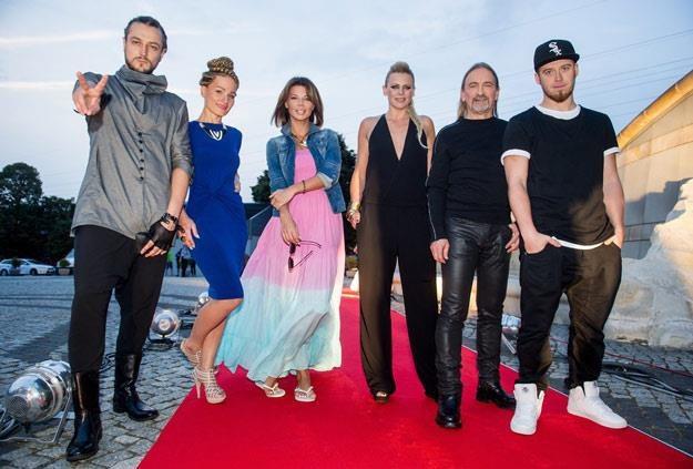 "Jurorzy ""The Voice Of Poland 3"" i prowadząca Marika (fot. Bartosz Krupa) /East News"