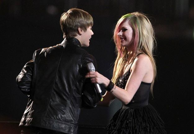 Justin Bieber i Avril Lavigne należą do najpopularniejszych na świecie gwiazd muzyki - fot. EMPICS /East News