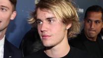 Justin Bieber wypuścił linię ubrań inspirowanych Drew Barrymore