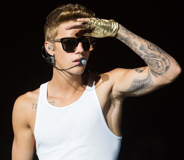 Justin Bieber zachowuje się jak rozkapryszony bachor (fot. Nicky Loh) /Getty Images/Flash Press Media