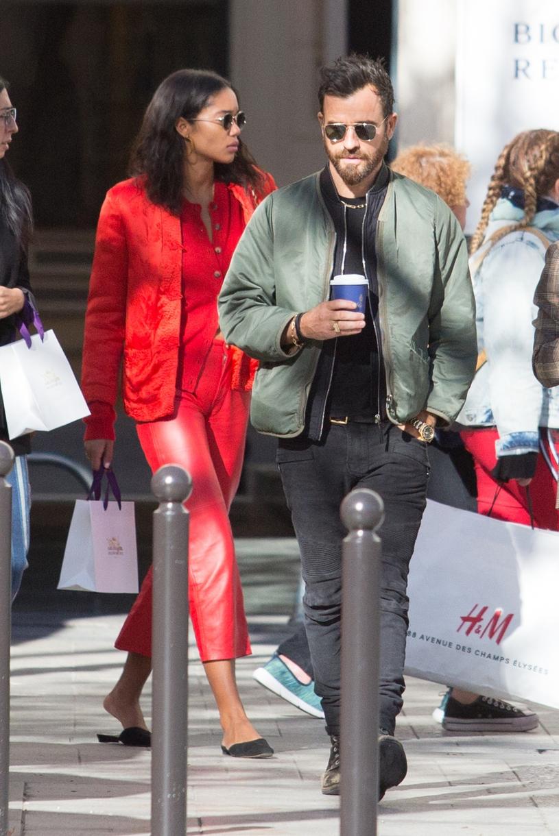 Justin Theroux z nową dziewczyną, Laurą /East News
