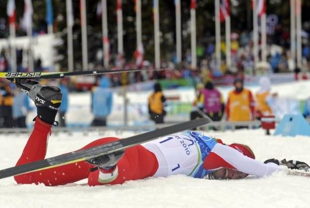 Justyna Kowalczyk i jej bezcenne narty. /AFP