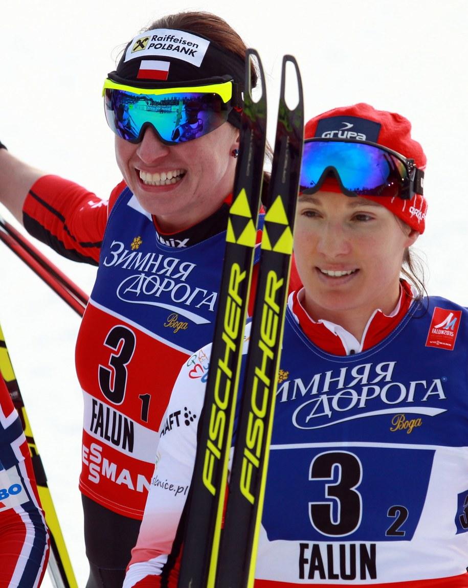 Justyna Kowalczyk i Sylwia Jaśkowiec po zdobyciu brązowego medalu w sprincie drużynowym na MŚ w szwedzkim Falun (luty 2015) /Grzegorz Momot /PAP