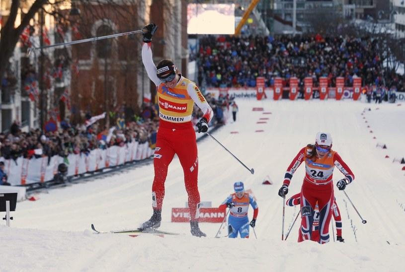 Justyna Kowalczyk mija linię mety w finale sprintu w Drammen /PAP/EPA