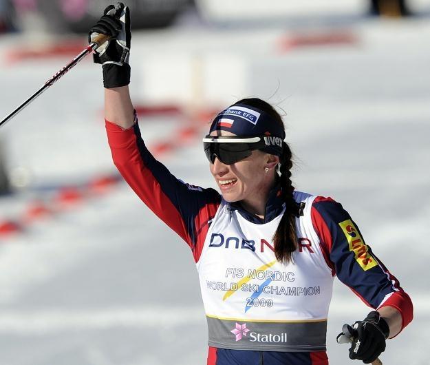 Justyna Kowalczyk na mecie biegu na 30 km MŚ w Oslo. /AFP