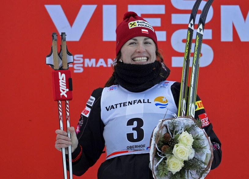 Justyna Kowalczyk na najwyższym stopniu podium w Oberhofie /AFP