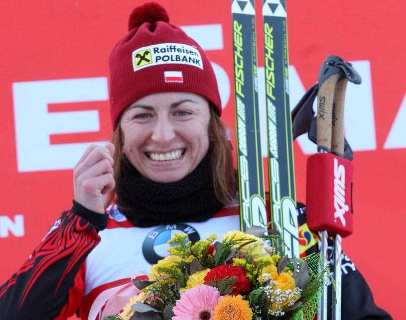 Justyna Kowalczyk na podium /Grzegorz Momot /PAP